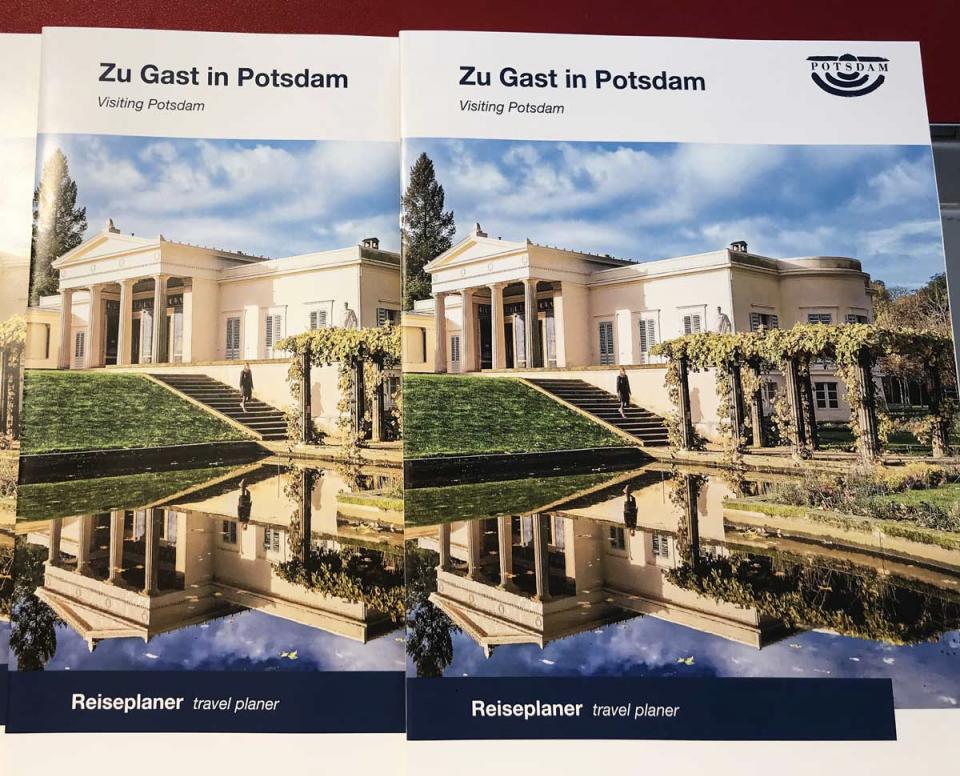 Immer bereit für kompetente Beratung und die Gestaltung des perfekten Angebots für eine Reise nach Potsdam – die Tourist-Information in den Bahnhofspassagen.