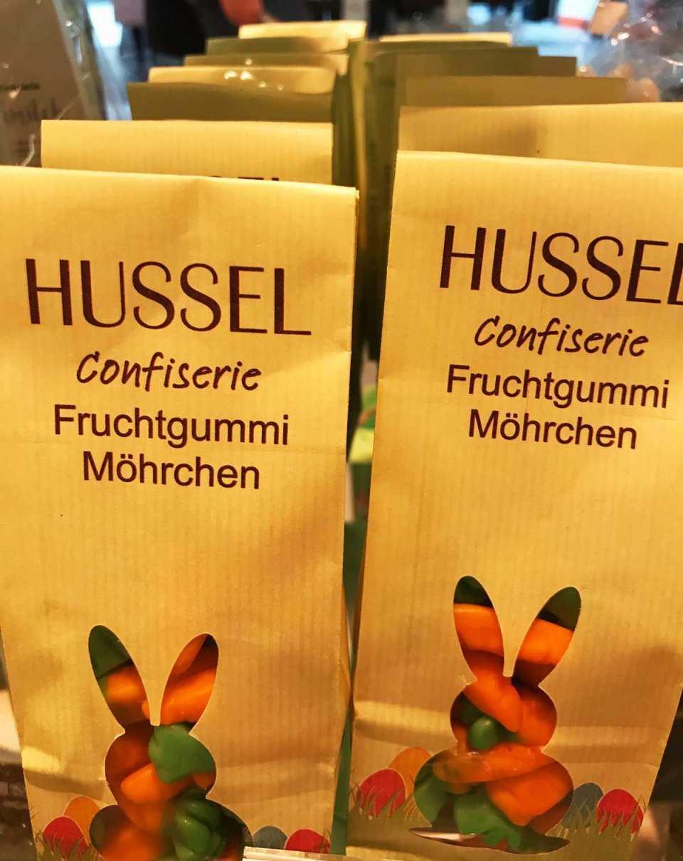 Feinste Schokolade und andere Leckereien finden Sie bei Hussel Confiserie.