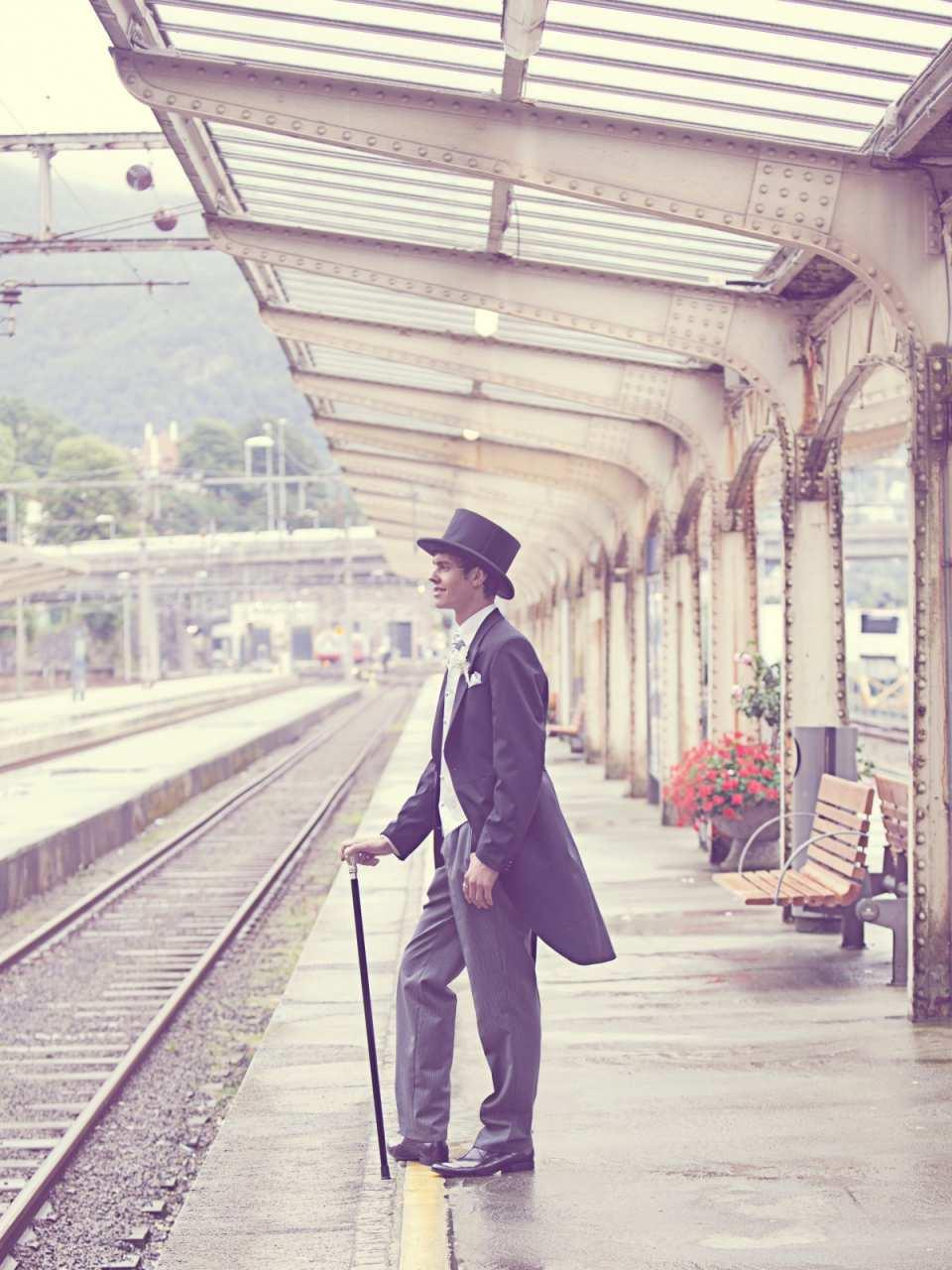 Bahnhöfe können der Ort der ersten Begegnung am Valentinstag sein.